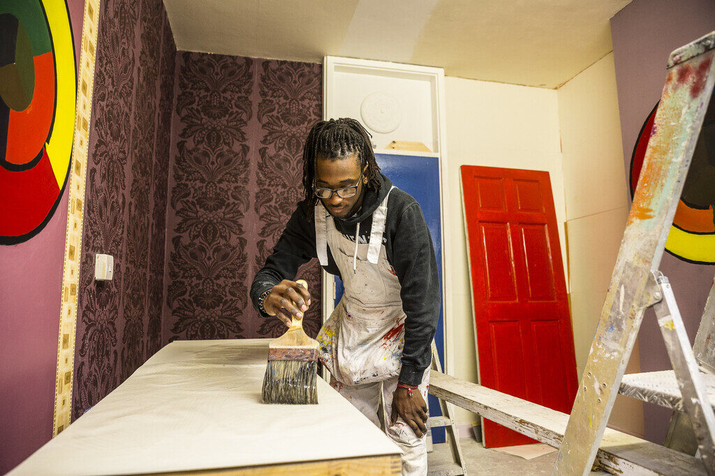 Painting and decorating adults full-time