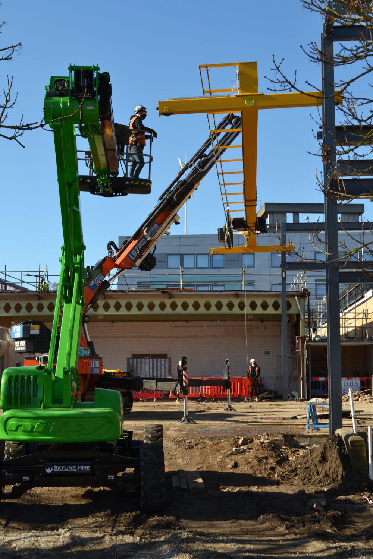 Gantry crane installation at Bedford College's MMC