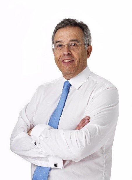 Alan Carvell (External Governor)