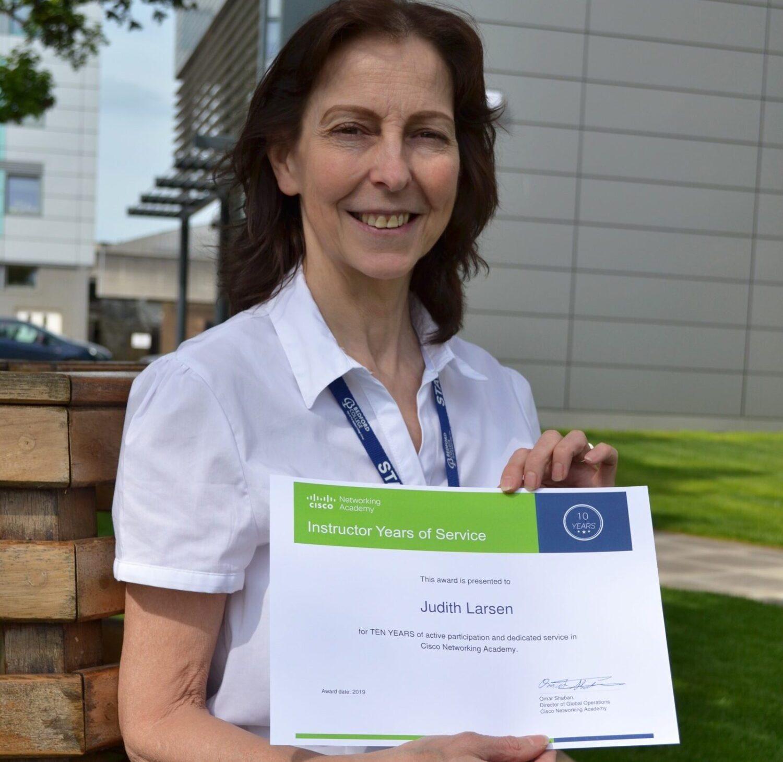 Judith with CISCO Award