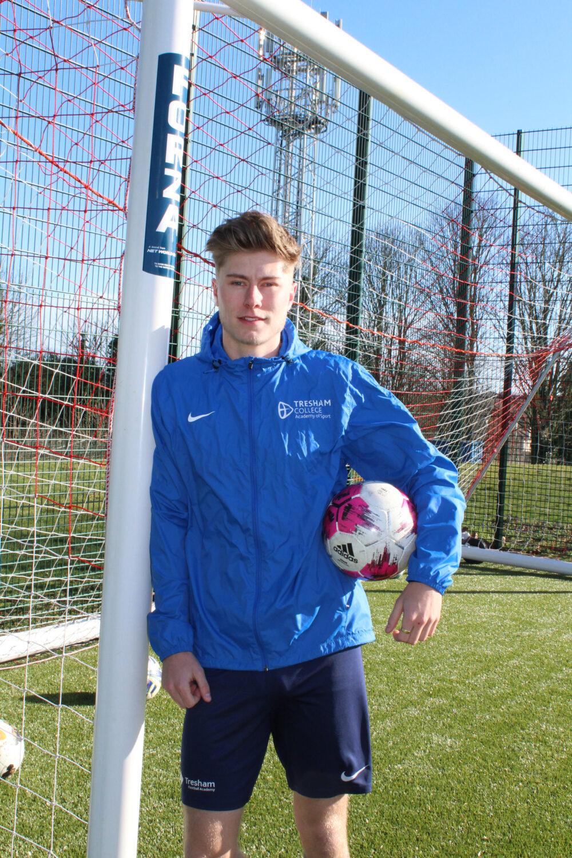 Tresham College Football Academy student with USA scholarship