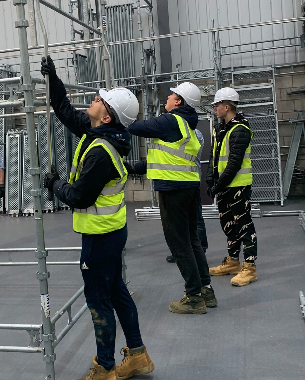 Upwards to jobs in scaffolding PR Story